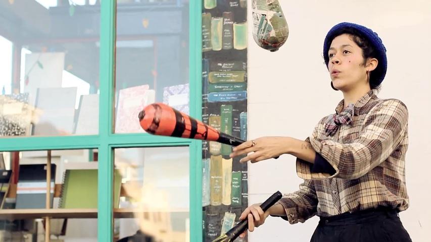 El Mundo de Objetos y Sonidos de Karla Mi Lugo