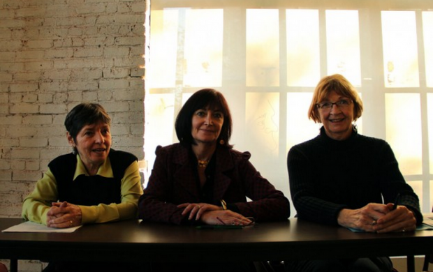 The three woman, who comprised the recent Neighborhood Courts panel, chat briefly after the proceedings. File photo.