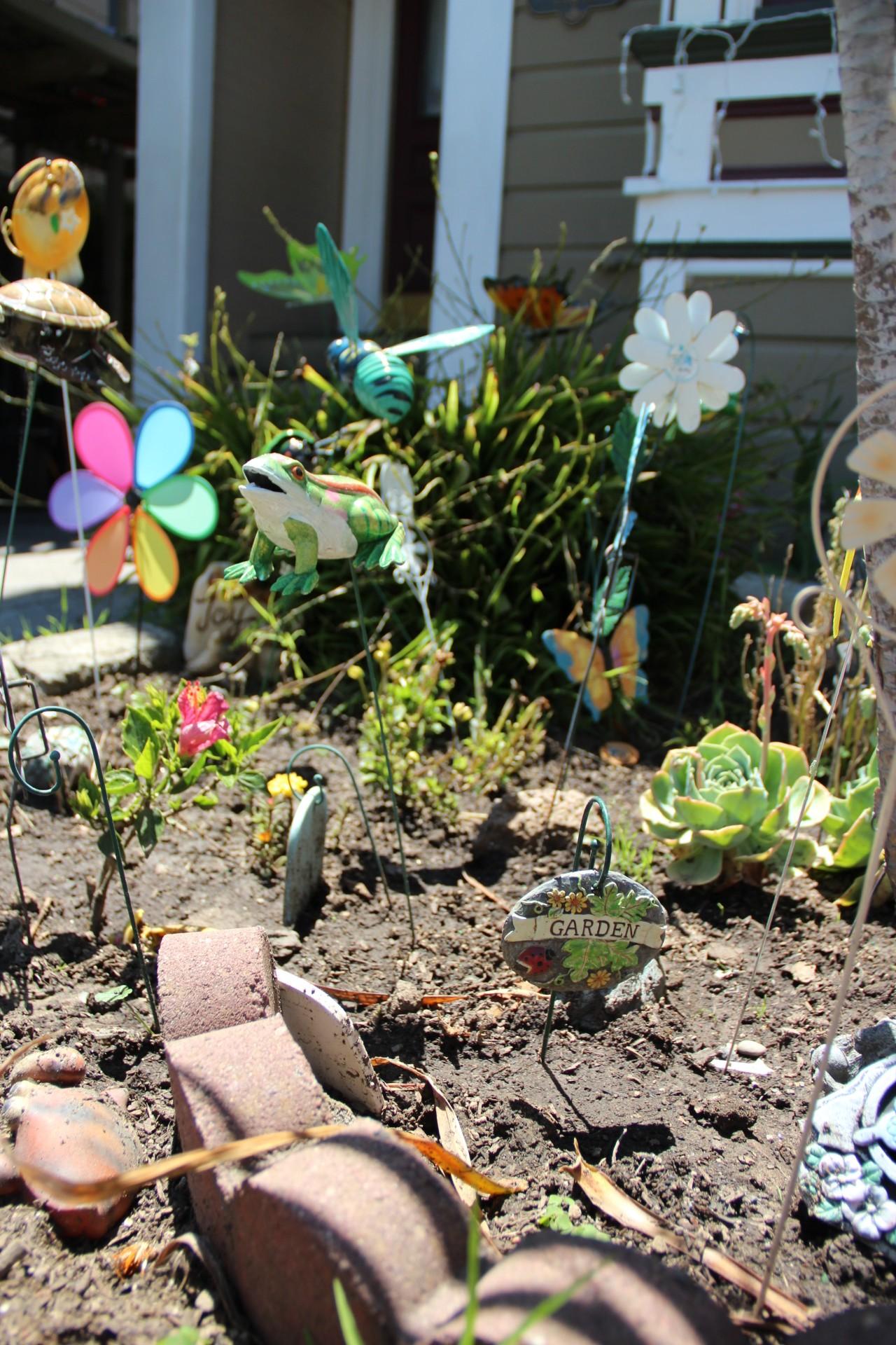 SNAP: Garden Dwellers