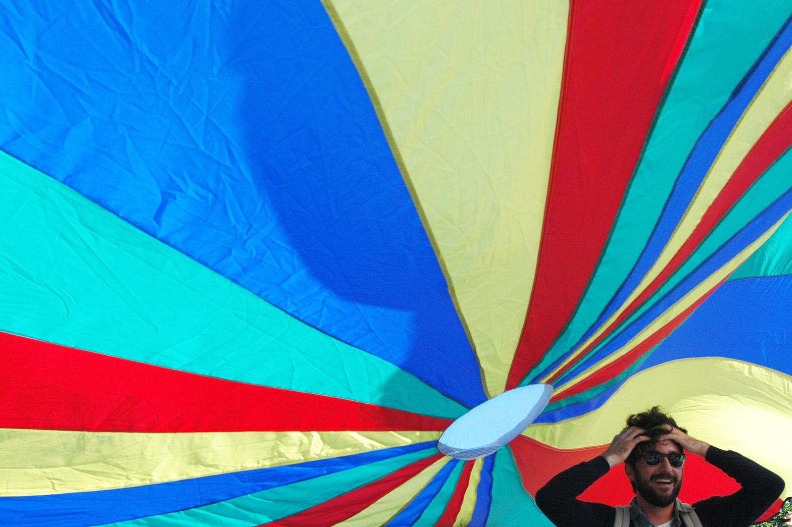 SNAP: Parachute Party