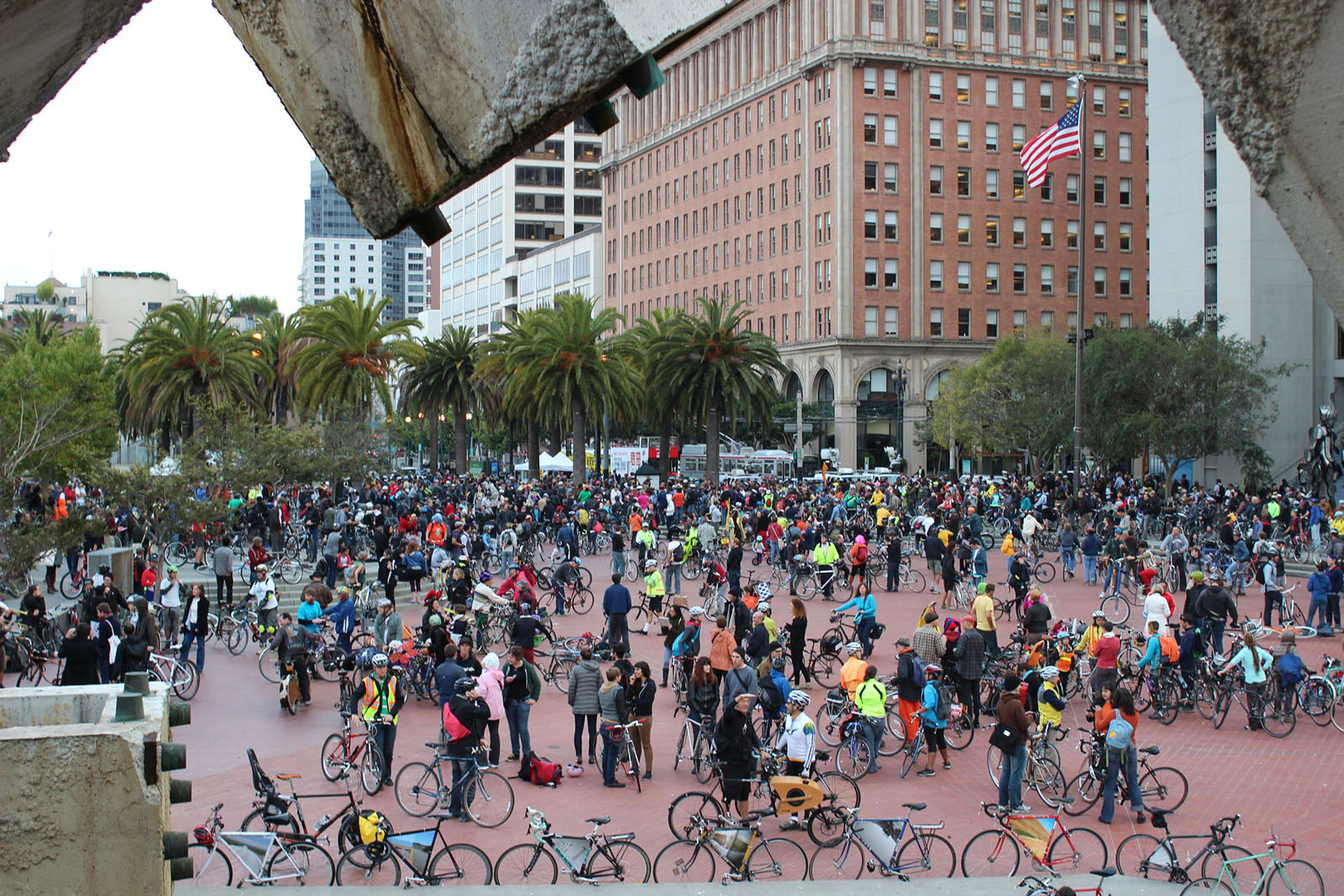 Cyclists Take Over Streets to Celebrate Critical Mass