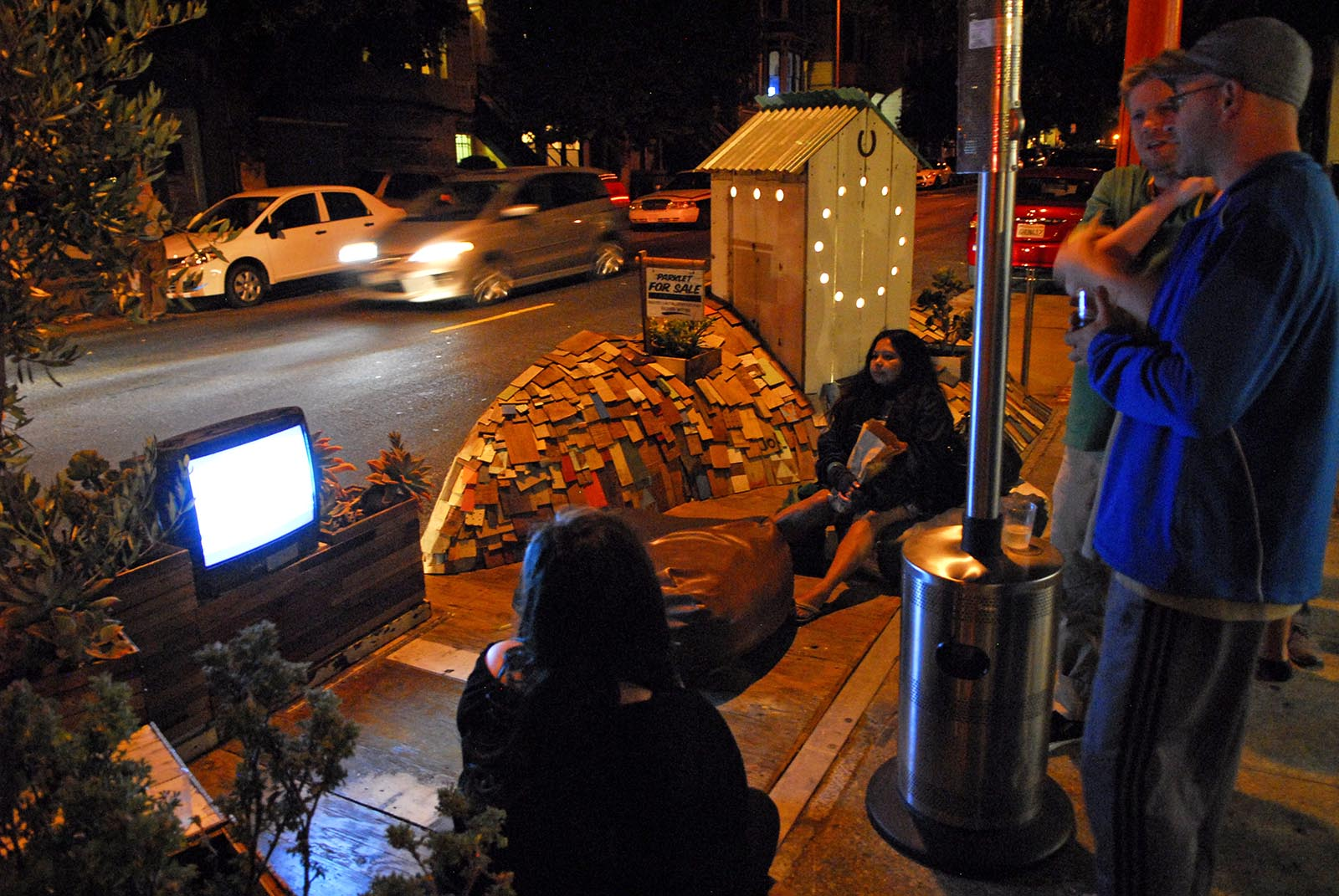 SNAP: Giants in a Parklet