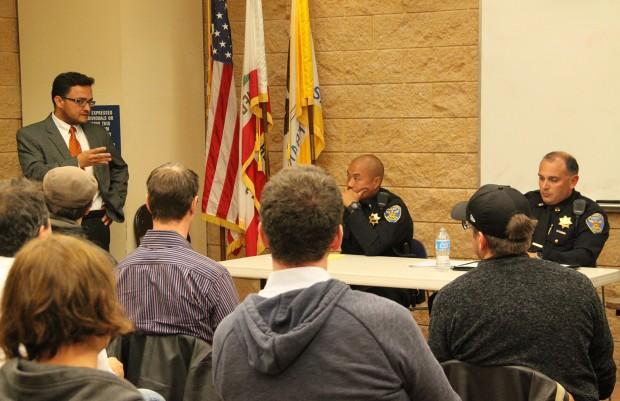 Capitán Moser Aumenta Vigilancia para Contrarrestar la Violencia