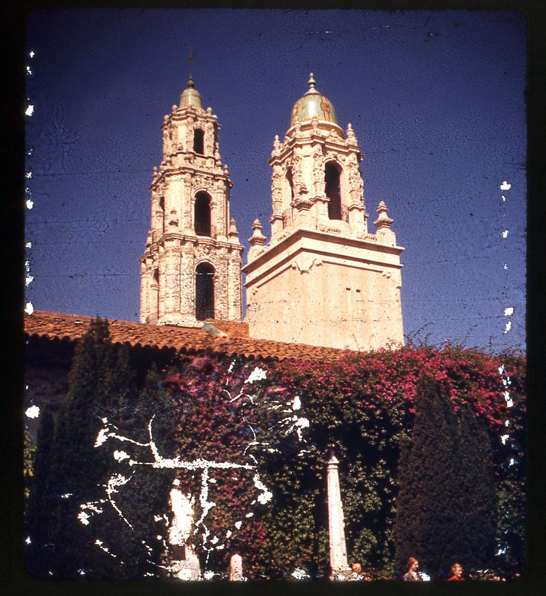 Mission San Francisco de Asís in the 1950s. Photo by Rob Ketcherside/Flickr.