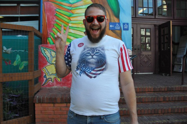 Kevin Semen voted at Cesar Chavez Elementary School. Photo by Alejandro Bryan Rosas.
