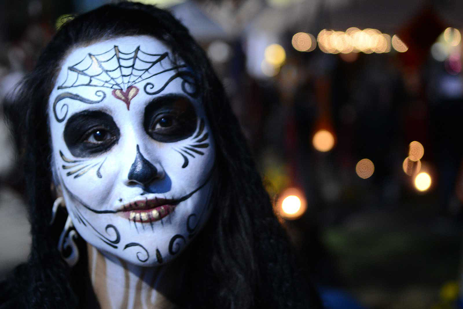 Neighborhood Notes: Weekend Dia de los Muertos celebrations around the Mission