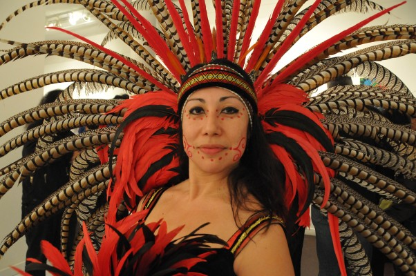 Alicia Salazar performed a ceremony at the art gallery opening with her Mayan Danza group. Photo by Alejandro Rosas.