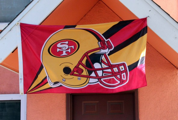 A 49ers flag proudly hung in front of a house on Harrison and 26th streets.
