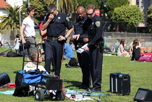After neighbors complained about noise in the park, police visited Dolores Park Saturday to talk to park goers with amplifiers.