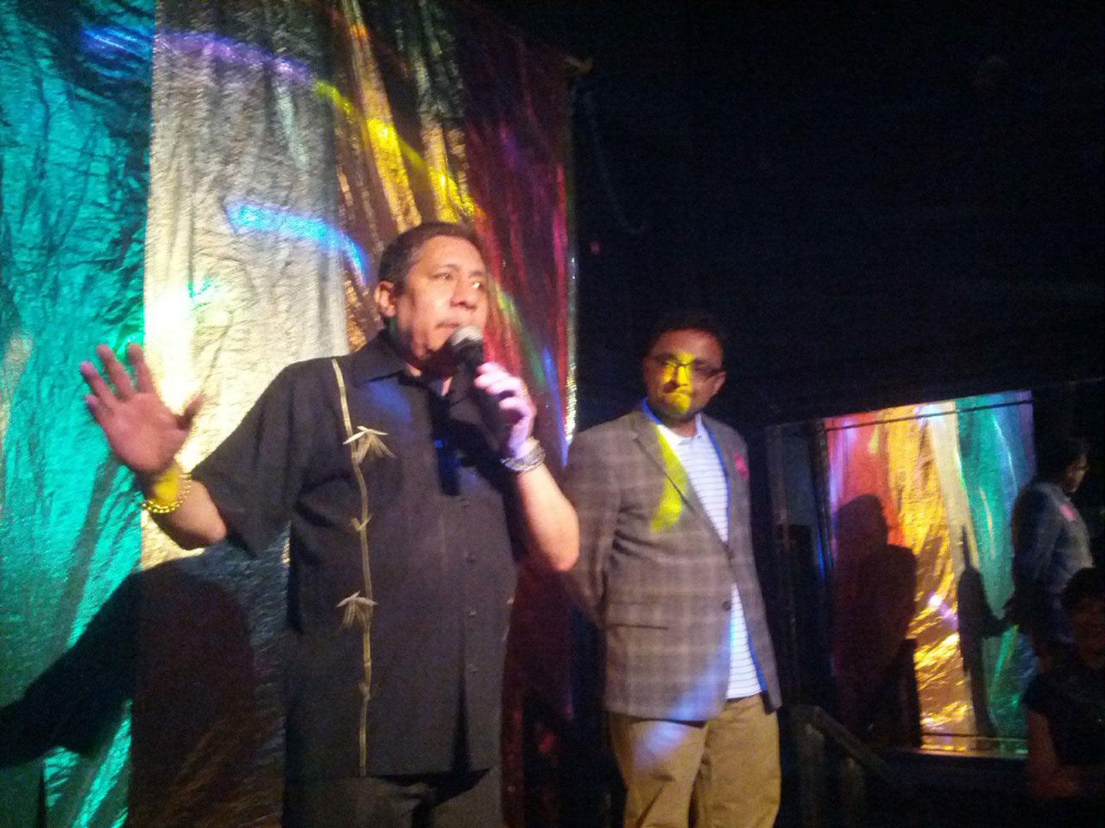 Esta Noche owner Manuel Quijamo and District 9 Supervisor David Campos speak at a fundraiser at the bar on May 18, 2013