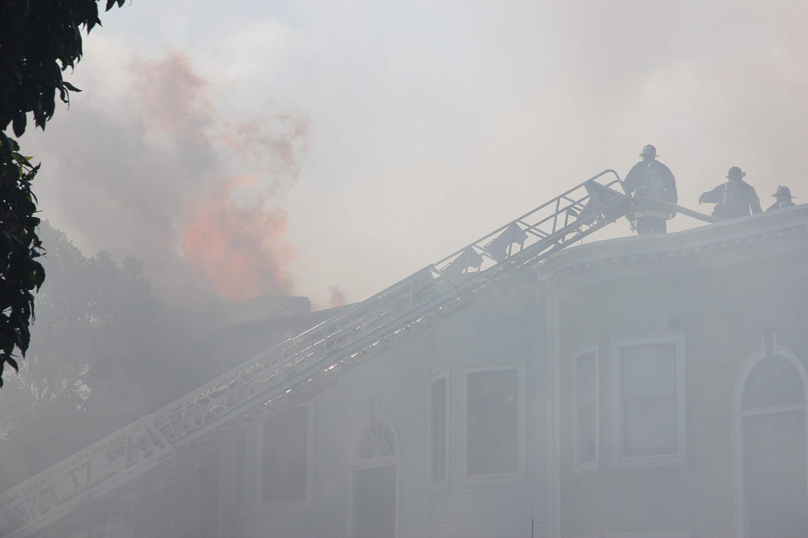 Firefighters Contain 3-Alarm Fire on Valencia Street