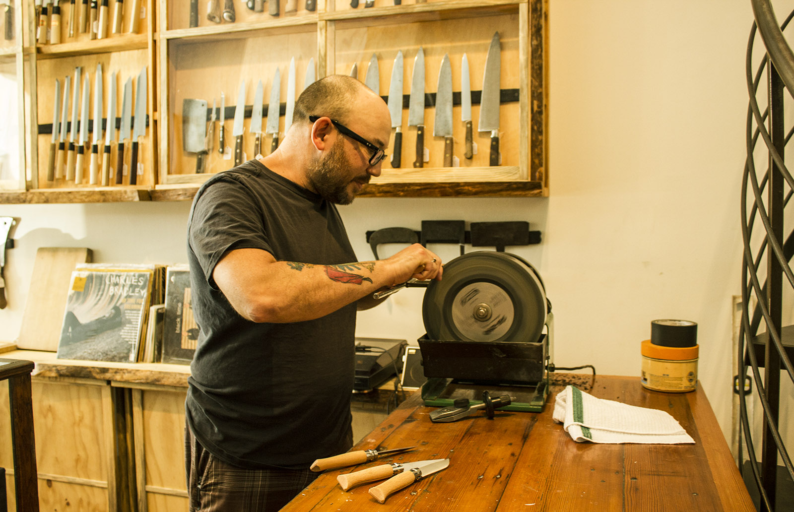 In tough small business climate, specialty knife shop expands