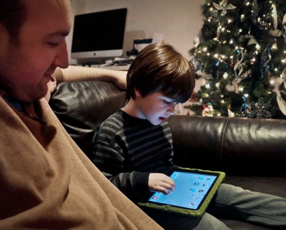 Experts Worried About Tykes and Tablets
