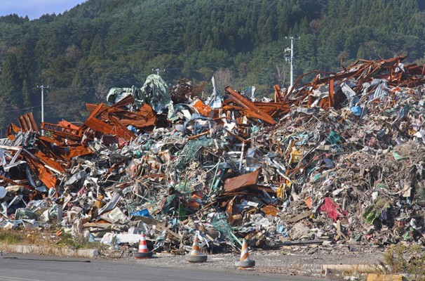 There were several piles of rubble. This one was for metal. The volume was almost impossible to recycle.