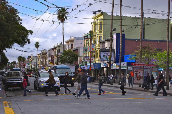 Mission Street near 24th Street. Esther Reyes