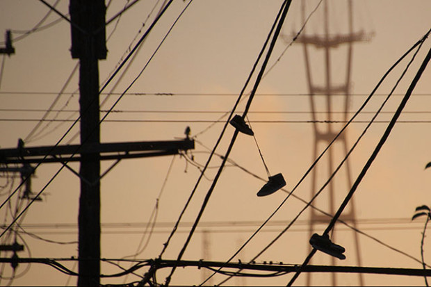 Shoe-thrower tower. Photo by Josh J