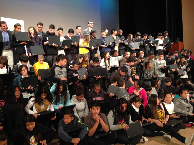 The Glen Park Elementary students will not be able to use the 18 brand new iPads a teacher had donated. Photo by Andra Cernavskis of Everett's students who received a device donation by Facebook on 2013.