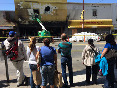 Fire's Aftermath Draws a Crowd