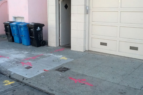 The scene of fatal stabbing on Capp 24 had little evidence of the crime the following morning. Photo by Daniel Hirsch.