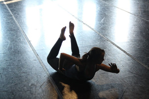 Rehearsal for Qinmin Liu's choreography for DIRT, exploring the power of paper