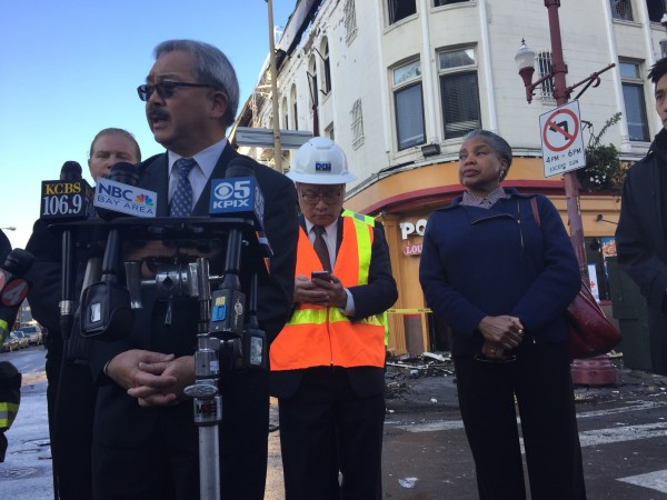 Mayor Ed Lee gives a statement. Photo by Lydia Chavez.