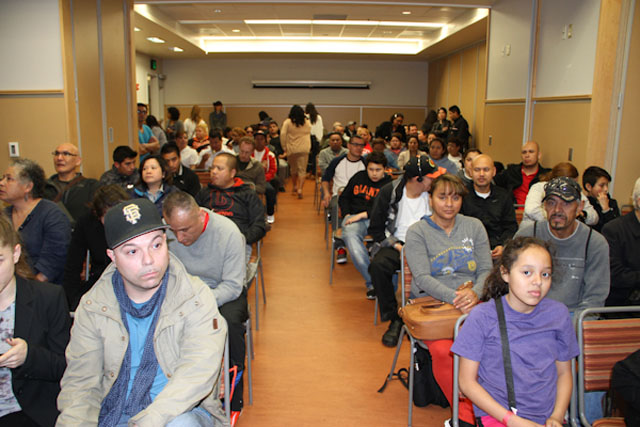 Displaced Tenants Learn About Their Right to Return