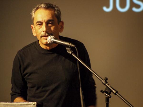 Alejandro Murguía performed a poem mentioning Nieto.