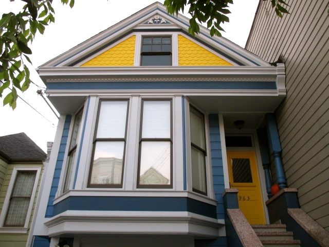 The Blue & Yellow House Photo by Kathleen Narruhn