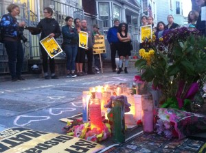 People started gathering at 6p.m. on Saturday for a vigil held for Amilcar López Pérez, who was shot and killed by SFPD. Phoyo by Andrea Valencia