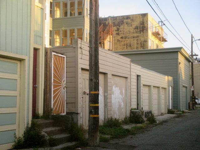 Back Alley Photo by Kathleen Narruhn
