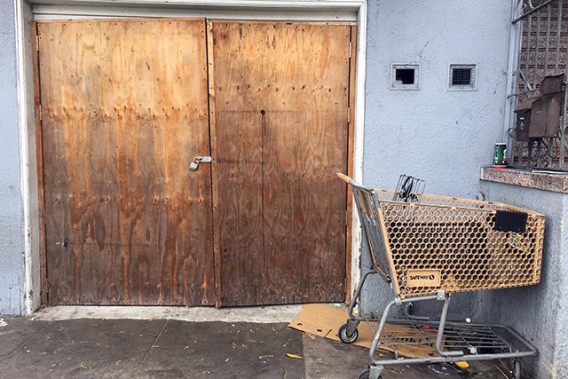 Lovely doors. Photo by Lydia Chávez