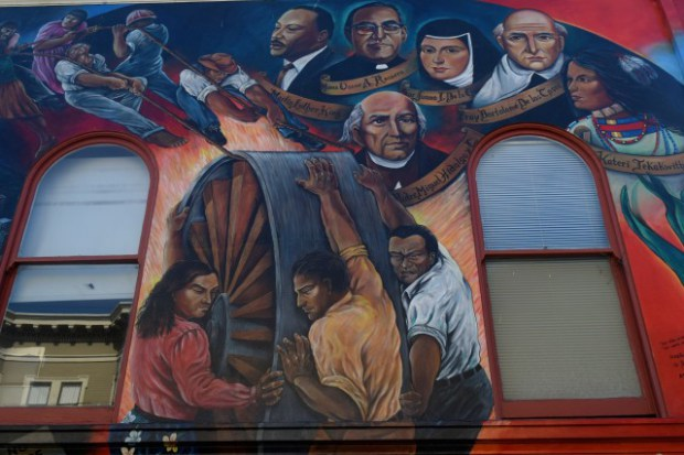 El Arzobispo Romero, Ahora un Beato, es Recordado en la Misión