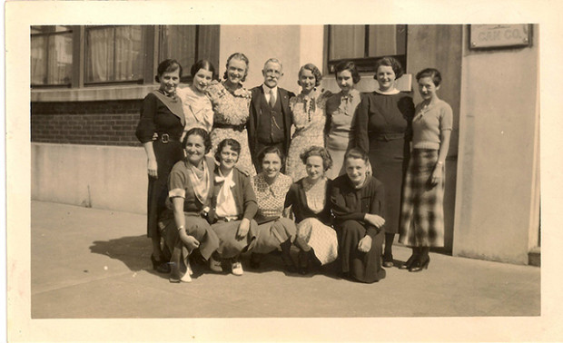 Johns two aunts, Linda and Bruna, are kneeling on the far left,  first  row.