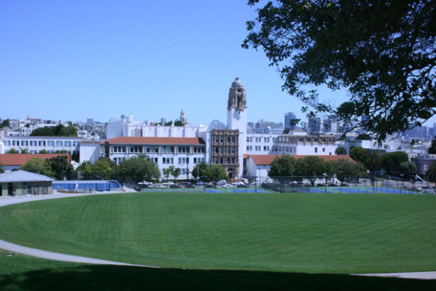 Doesn't Mission High look lovely? And that field...so perfect...