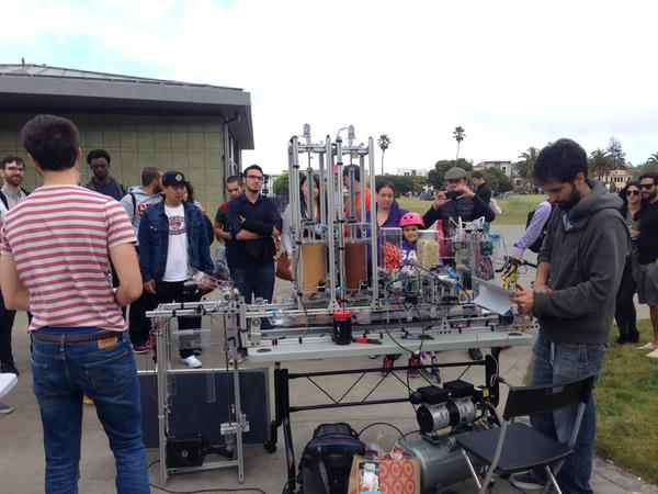 Bistro Bots, a company that creates sandwich-making robots, set up at Dolores Park. Photo by Meira Gebel.