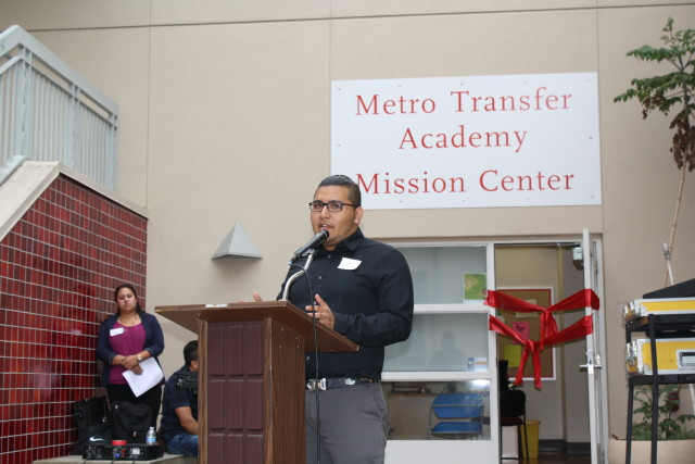 CCSF Metro Student Noé Roman addresses students and faculty at the Mission campus. Photo by Julian Mark