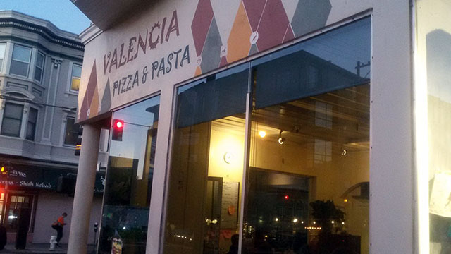 Valencia Pizza & Pasta – A Neighborhood Stalwart