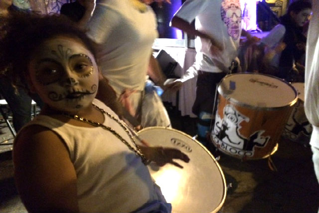 Loco Bloco, a youth percussion ensemble, performed at the Dia de los Muertos celebration ceremony, hosted by Galeria de la Raza on 22nd and Bryant streets on November 2.