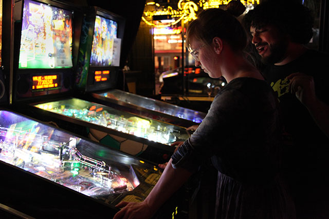 88d3f53021d520 Mission Pinball League Flips for Friendly Competition - Mission Local