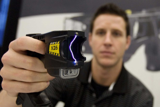 Supes short-circuit SFPD's latest attempt to arm officers with Tasers