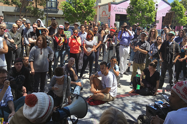 Supporters of the hunger strike rallied outside of Mission Police station at 17th and Valencia streets on Saturday. Photo by Laura Waxmann
