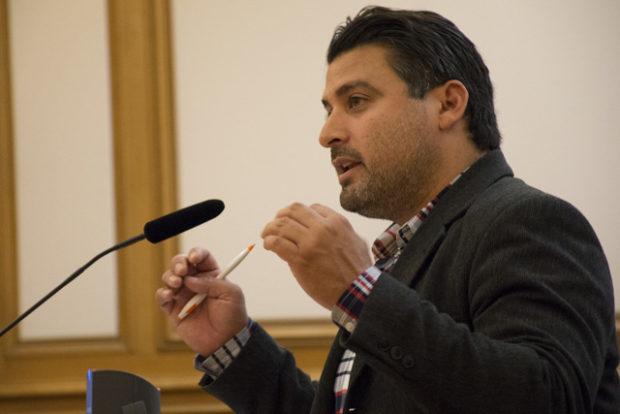 MEDA's Gabriel Medina addresses the transit board. Photo by Lola M. Chavez