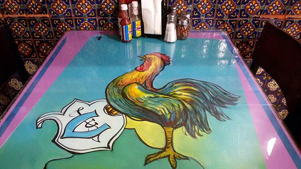 taqueria-los-coyotes-table-top-2