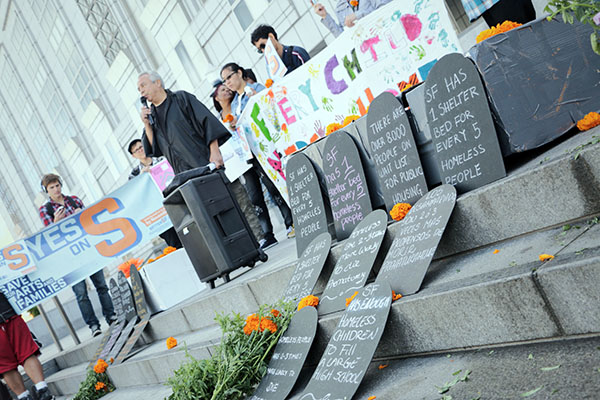 SF Homeless Advocates Memorialize the Dead and Do Some Campaigning