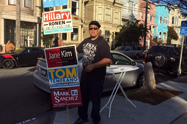 Robert Alfaro, a campaign worker. Photo by Lydia Chávez