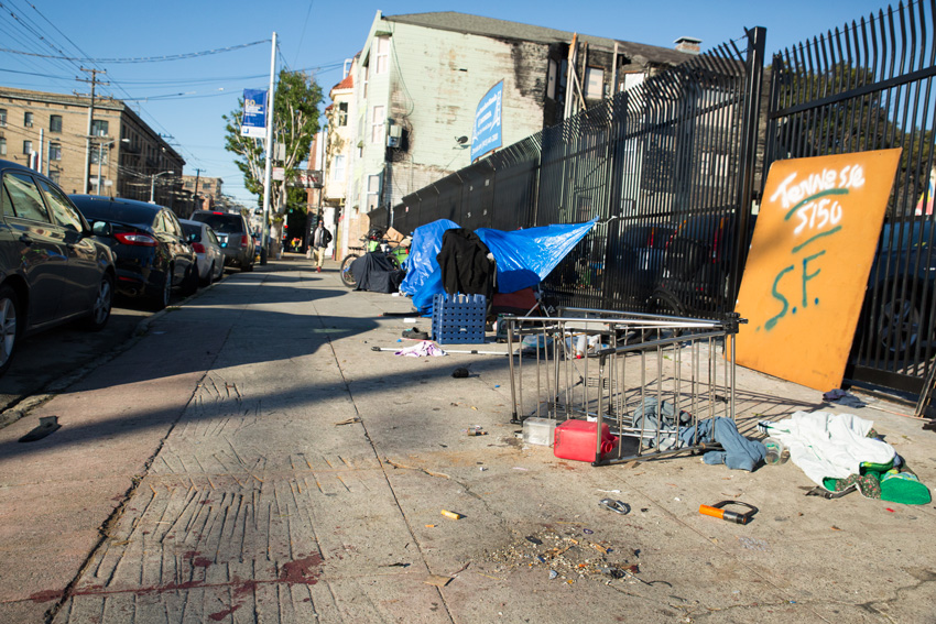 Double homicide at the tent encampment on 16th and Shotwell streets. Photo by Brian RInker