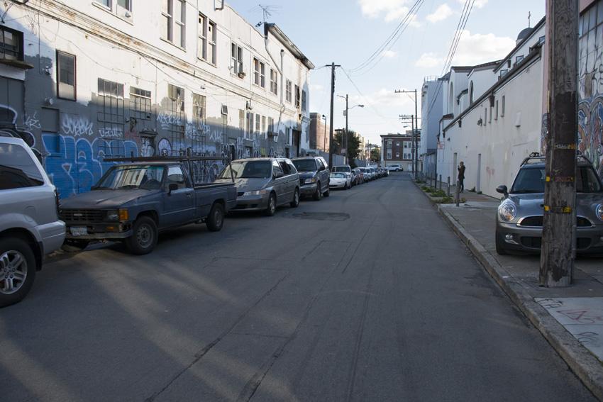 Stevenson Street where it meets Clinton Park. Photo by Lola M. Chavez.