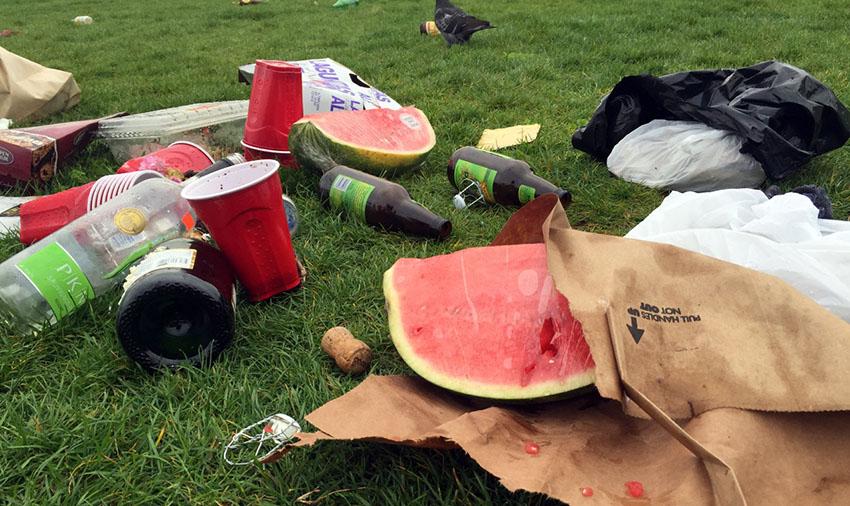 Glorious Saturday transformsDolores Park into atrash dump by Sunday