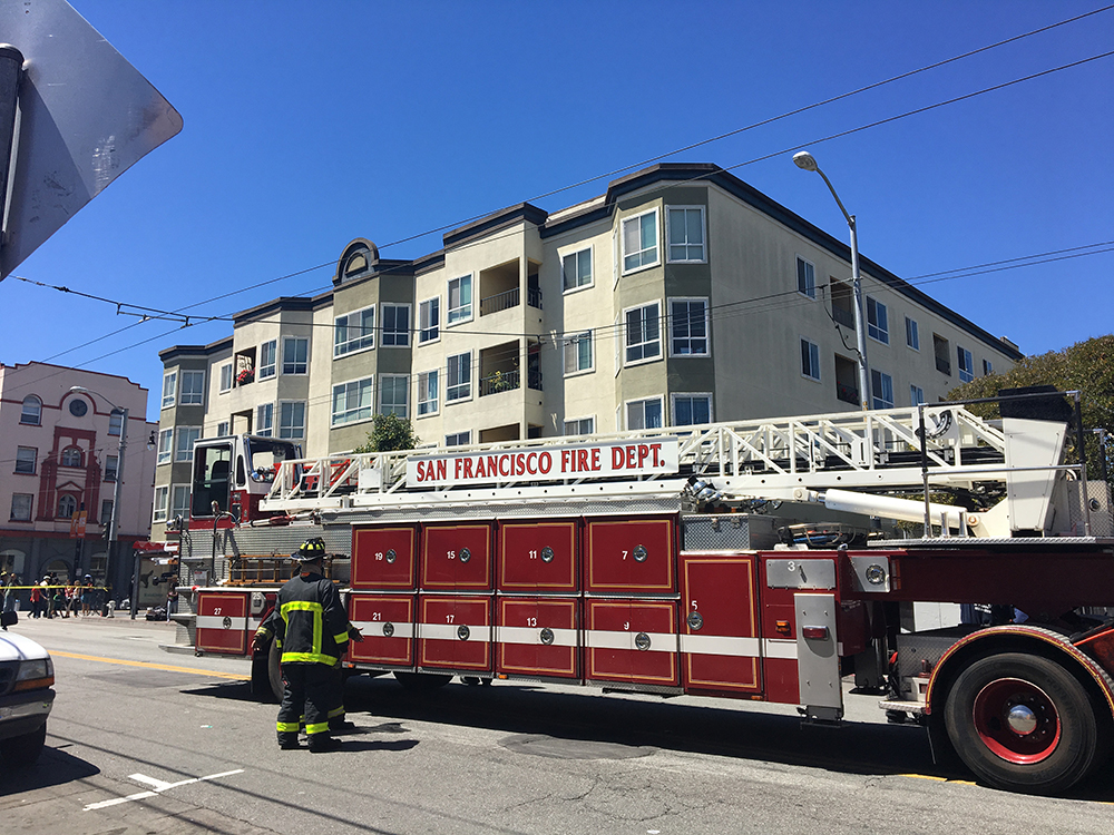 Smell of smoke briefly shuts down a block of 16th Street