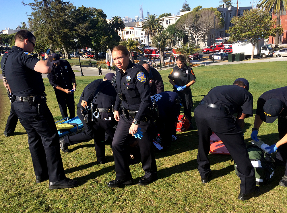 Man beaten, stabbed by group in Dolores Park in critical condition (Updated)